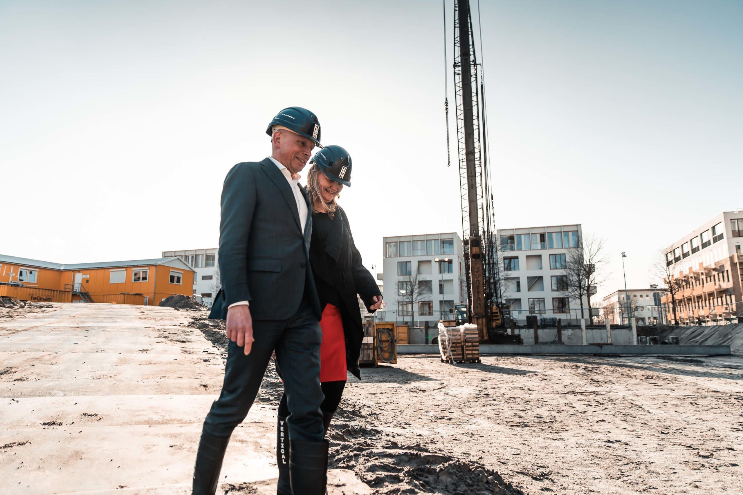 Start bouw Amsterdam Vertical handeling